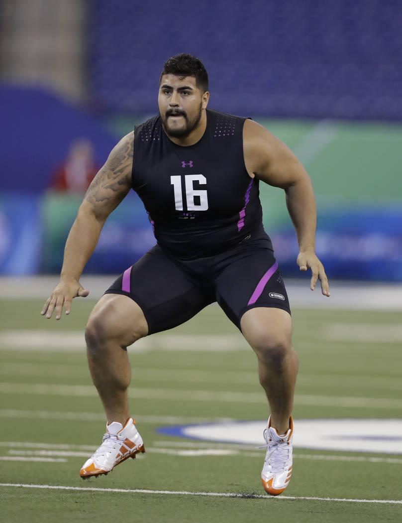 premium selection 122fb 65071 Giants take Las Vegan Will Hernandez in 2nd round of NFL ...