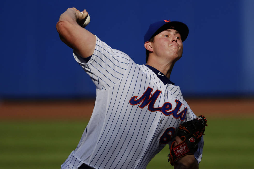 New York Mets' Chris Flexen delivers a pitch during the first inning of a baseball game against the Atlanta Braves, Monday, Sept. 25, 2017, in New York. (AP Photo/Frank Franklin II)