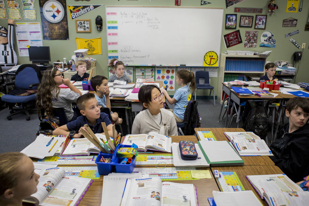 Students in Mary Frazier's third grade classroom learn how to correctly use quotation marks at Vanderburg Elementary School in Henderson, Wednesday, April 19, 2017. Elizabeth Brumley Las Vegas Rev ...