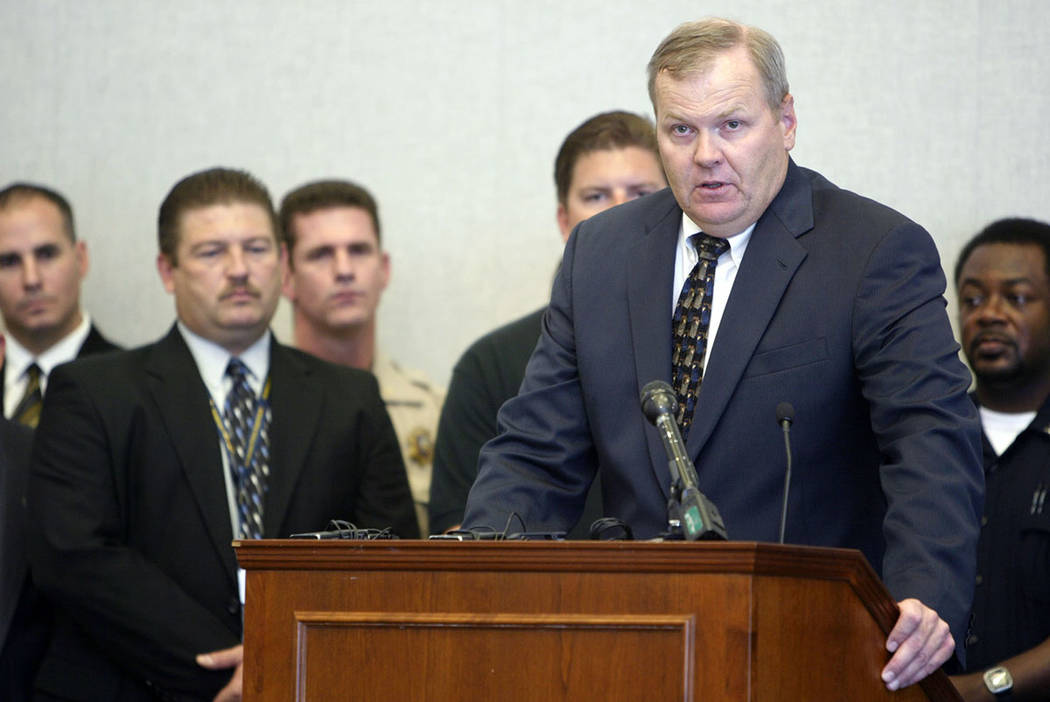 Acting Nevada U.S. Attorney Steven Myhre, right, speaks during a news conference at the Lloyd George U.S. Courthouse on Tuesday, Aug. 28, 2007. (Las Vegas Review-Journal)