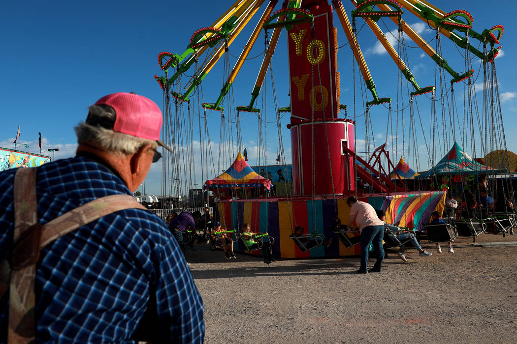 Attendees ride the Yoyo during the Clark County Fair & Rodeo in Logandale, Nevada on Thursday, April 12, 2018. Andrea Cornejo Las Vegas Review-Journal @dreacornejo