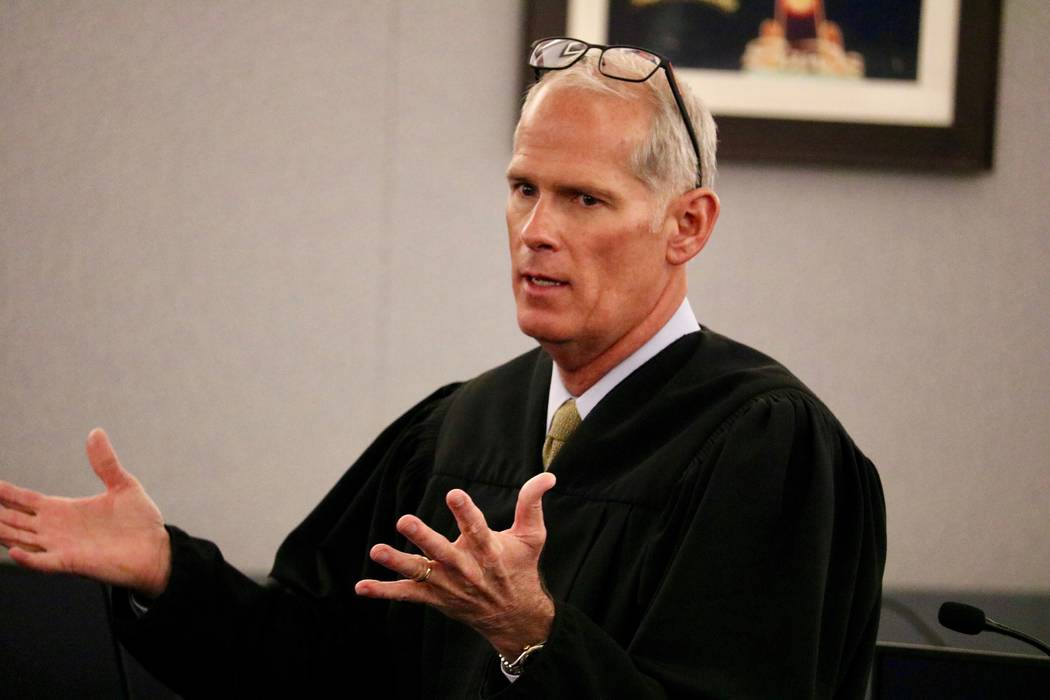 Judge Douglas Herndon speaks to students in Courtroom 15D of the Regional Justice Center in Las Vegas, Friday, April 13, 2018. Madelyn Reese/Las Vegas Review-Journal