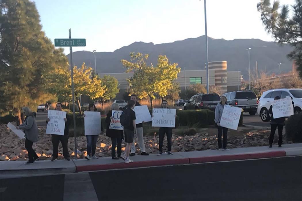 Shadow Ridge High School teachers protest against pay freezes at the school on Tuesday morning, April 17, 2018. (Amelia Pak-Harvey/Las Vegas Review-Journal)