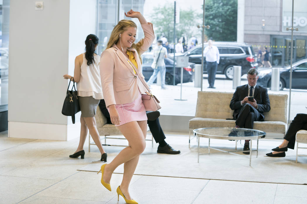 Amy Schumer stars as Renee in I FEEL PRETTY (Photo Credit: Mark Schafer; Motion Picture Artwork © 2017 STX Financing)