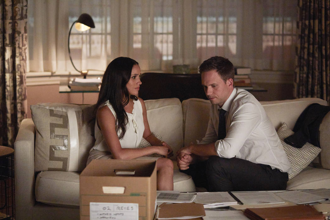 "SUITS -- ""Full Disclosure"" Episode 707 -- Pictured: (l-r) Meghan Markle as Rachel Zane, Patrick J. Adams as Michael Ross -- (Photo by: Shane Mahood/USA Network/NBCU Photo Bank)"