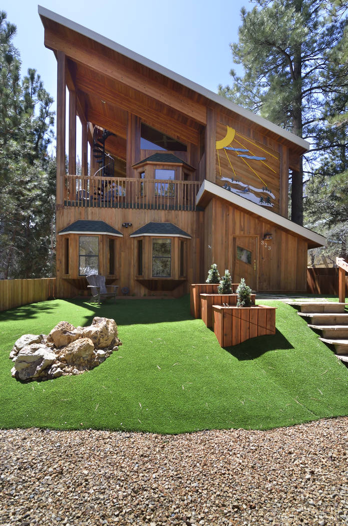 Mount Charleston cabin lists for $939,000 — VIDEO – Las Vegas Review ...