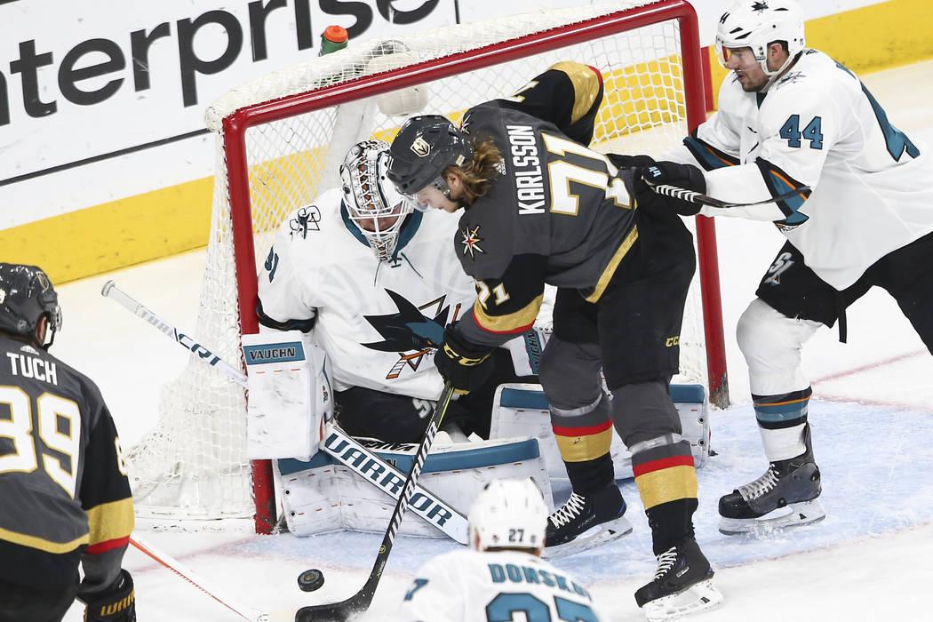Golden Knights center William Karlsson (71) tries to score against San Jose  Sharks goaltender 38145beb5