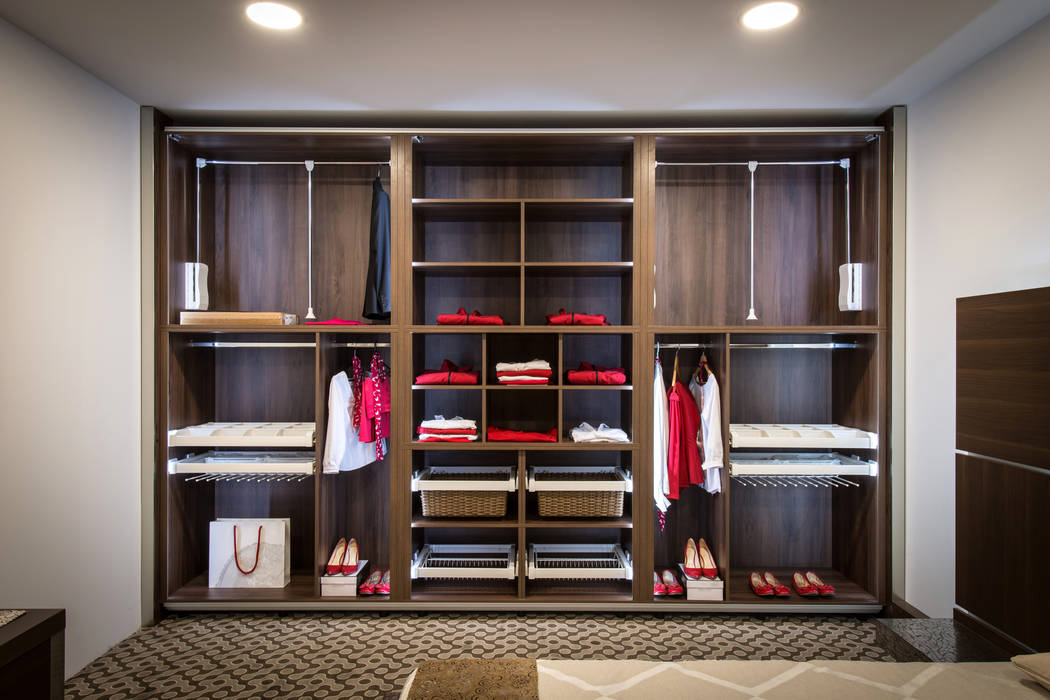 Thinkstock Closets with pull-down racks help homeowners avoid injury by not forcing them to reach up into these storage places.