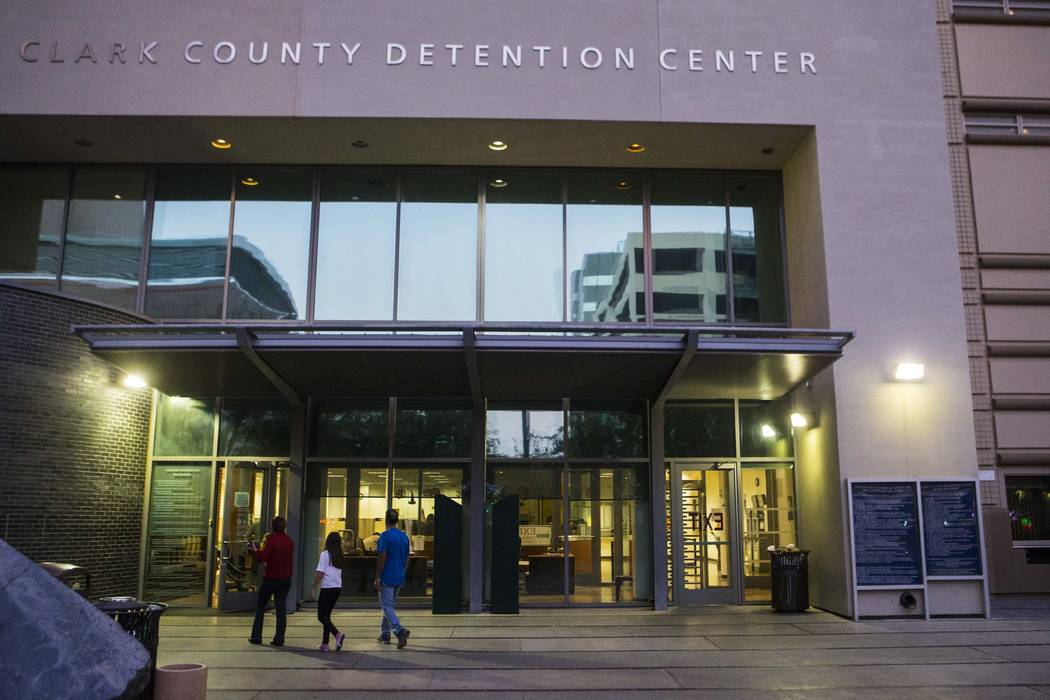 Clark County Detention Center in downtown Las Vegas. (Chase Stevens/Las Vegas Review-Journal) @csstevensphoto
