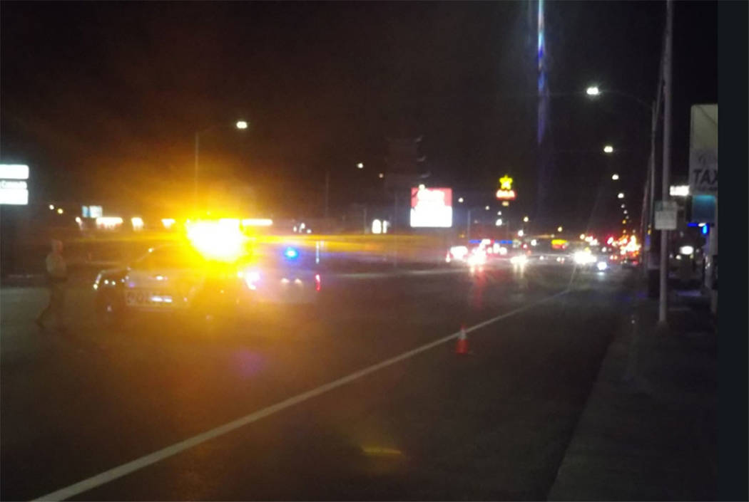 Las Vegas police investigate a crash Wednesday night near East Charleston Boulevard and Crestwood Avenue. (Max Michor/Las Vegas Review-Journal)