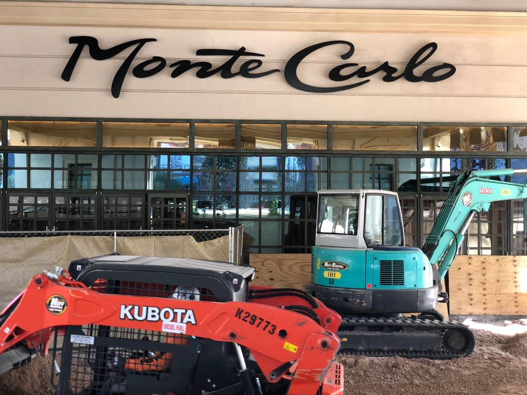 Construction around Monte Carlo's porte-cochere as seen on Dec. 20, 2017. Todd Prince Review-Journal.