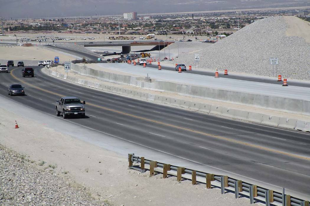 A view of the 215 Beltway just south of the Lone Mountain Road overpass shows traffic sharing the southbound lanes on Saturday, April 28, 2018. Travel lanes will be opened to northbound traffic th ...