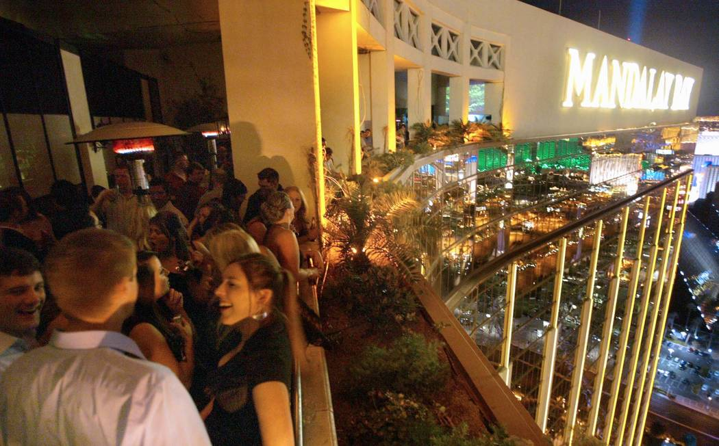 6 Bars In Las Vegas Where You Can Sip Outside This Spring
