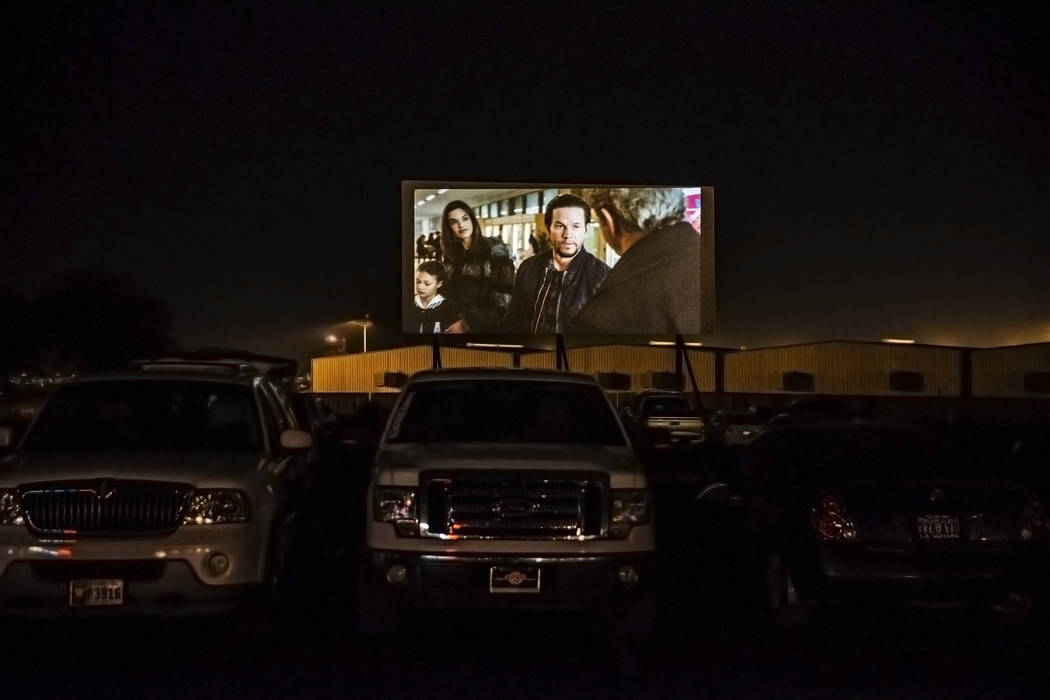 Patrons watch Daddy's Home 2 at the Las Vegas Drive In on Sunday, Nov. 11, 2017, in Las Vegas.  Benjamin Hager Las Vegas Review-Journal @benjaminhphoto