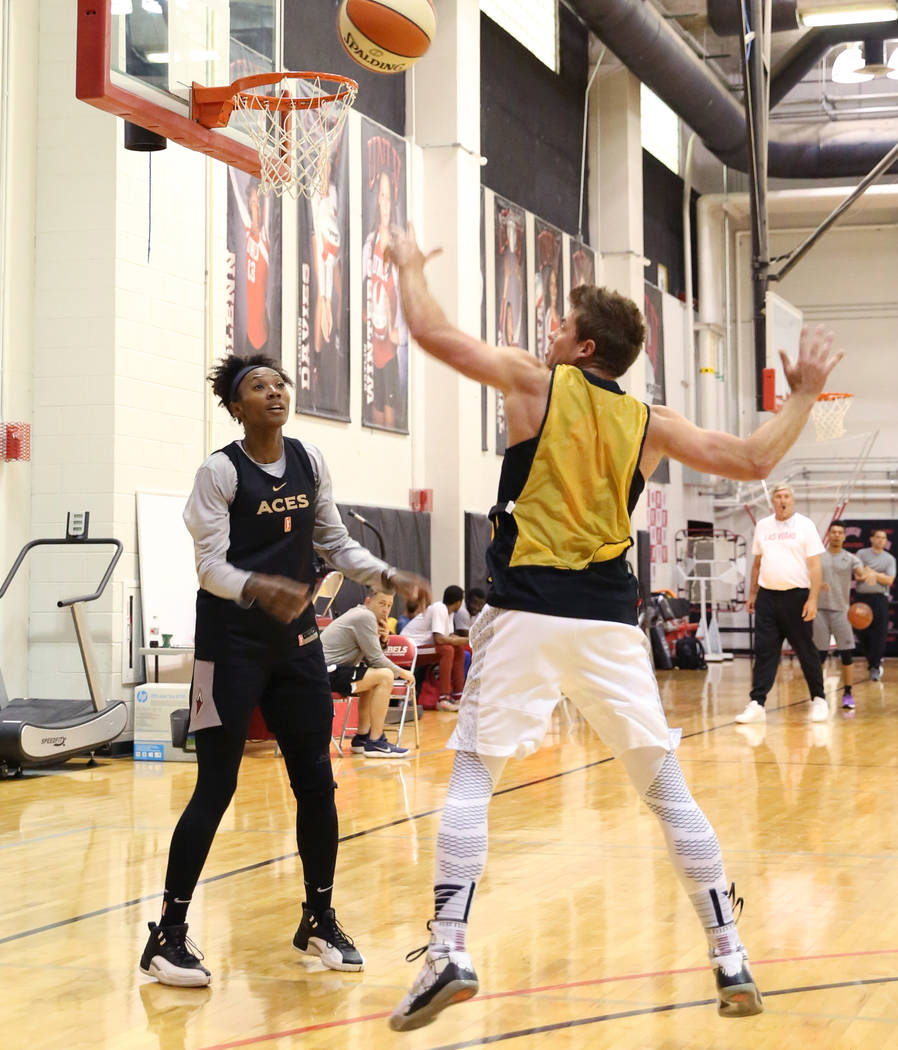 Las Vegas Aces guard Sequoia Holmes, left, watches as her pass blocked during team practice at UNLV's practice court on Tuesday, May 1, 2018, in Las Vegas. Bizuayehu Tesfaye/Las Vegas Review-Journ ...