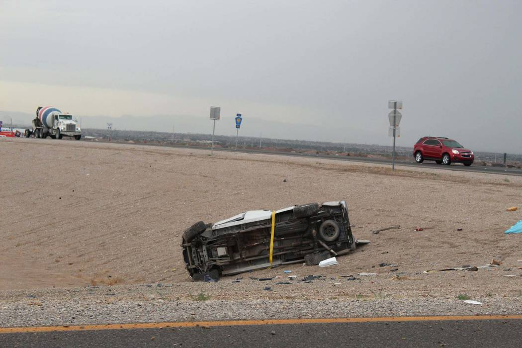 One person was killed in a single-vehicle rollover crash on the 215 Beltway and Losee Road in North Las Vegas, Tuesday morning, May 1, 2018. (Max Michor/Las Vegas Review-Journal)