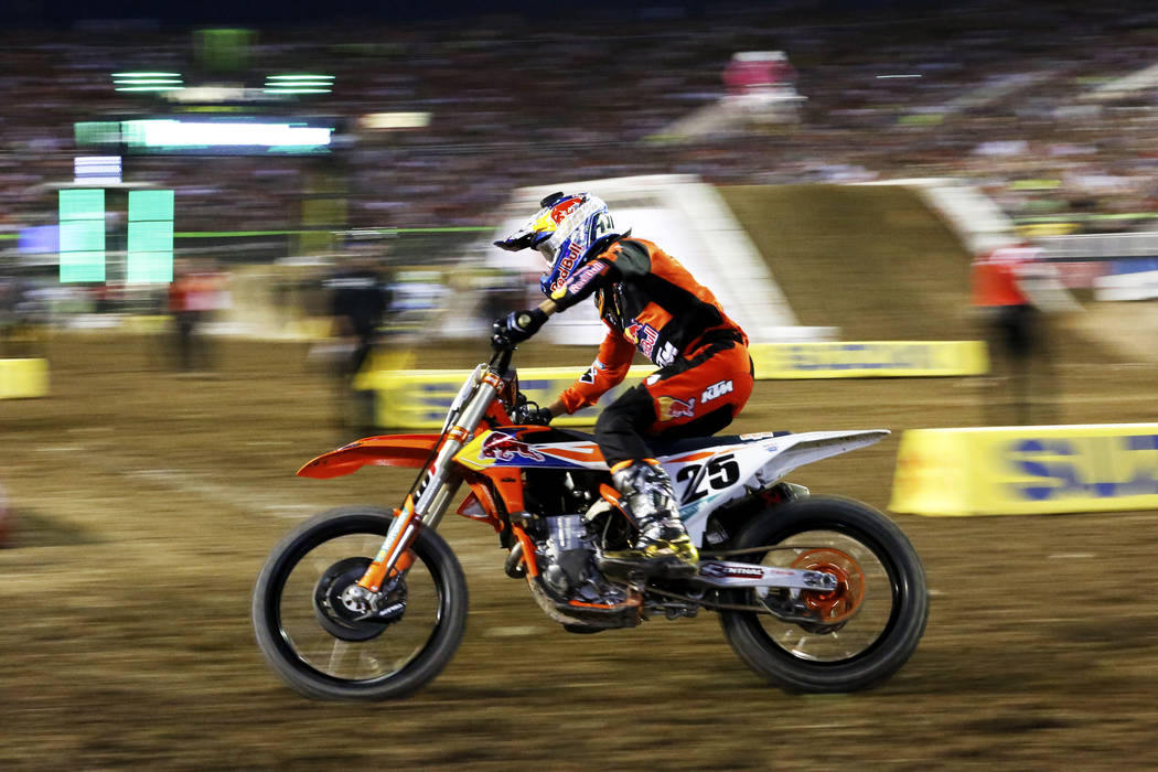 Marvin Musquin (25), of Florida, competes in the 450SX second heat during the Monster Energy Supercross season final at Sam Boyd Stadium in Las Vegas on Saturday, May 5, 2018. He won first place. ...