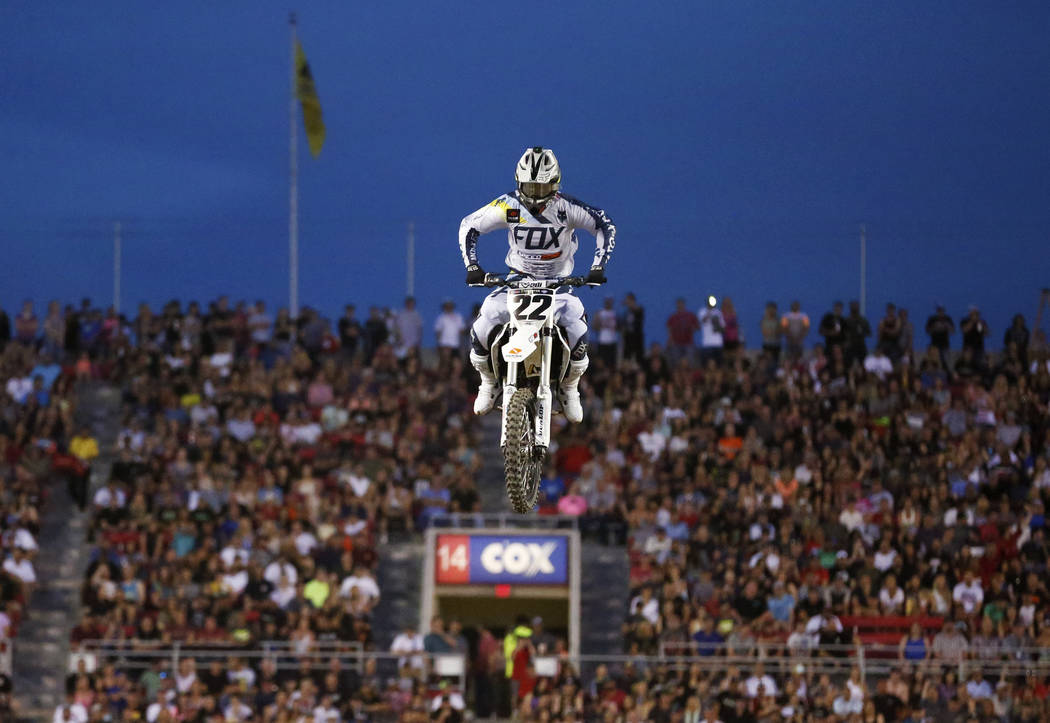 Chad Reed (21) competes in the 450SX first heat during the Monster Energy Supercross season final at Sam Boyd Stadium in Las Vegas on Saturday, May 5, 2018. He got second place. Andrea Cornejo Las ...