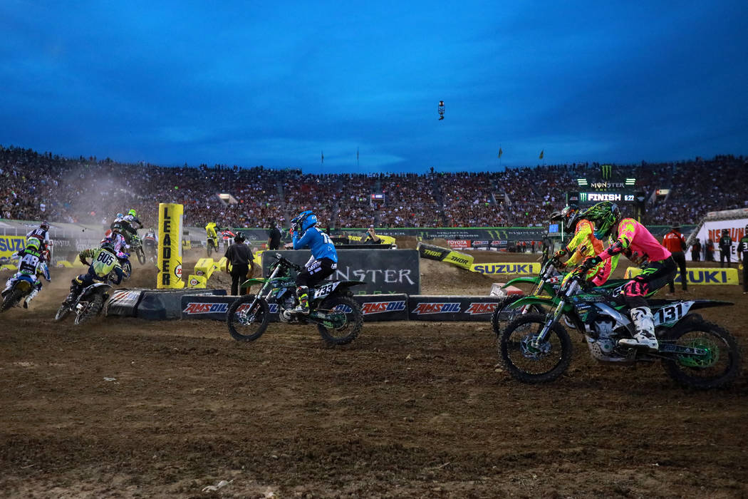 Riders compete in the 450SX heat during the Monster Energy Supercross season final at Sam Boyd Stadium in Las Vegas on Saturday, May 5, 2018. Andrea Cornejo Las Vegas Review-Journal @dreacornejo