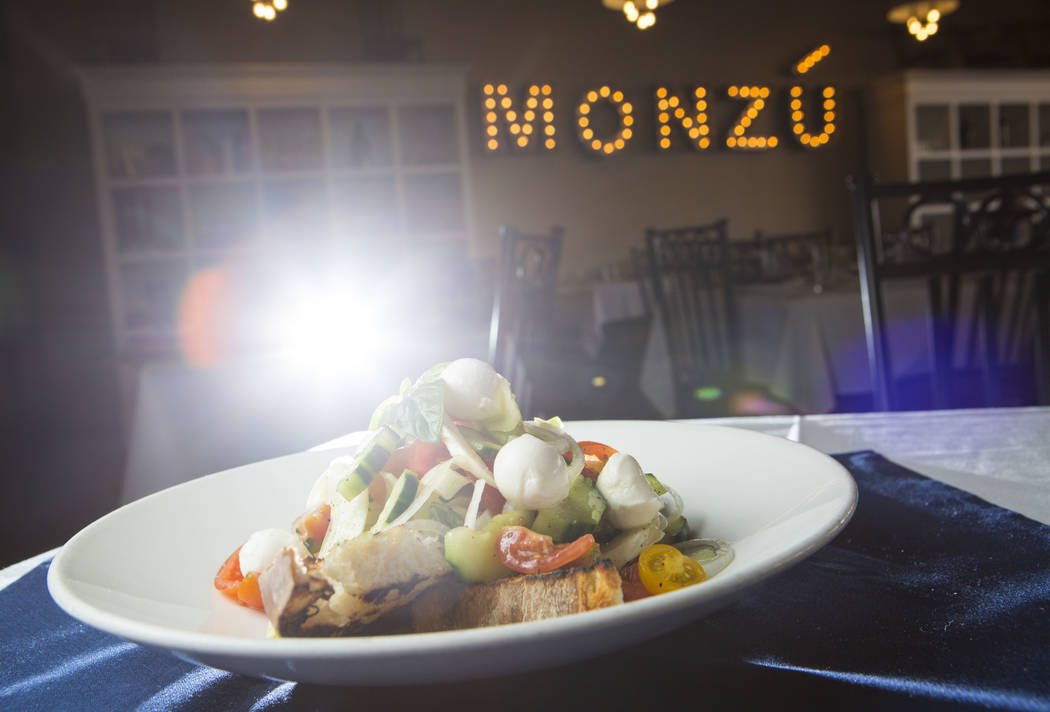 Giovanni's salad at Pizzeria Monzu, 6020 W. Flamingo Road, in Las Vegas on Saturday, May 5, 2018. Chase Stevens Las Vegas Review-Journal @csstevensphoto