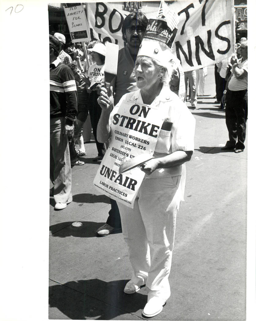 Labor: Culinary Union Strike 1984 - 1984 Culinary Union with Bartenders strike together. (Wayne C. Kodey/Las Vegas Review-Journal)