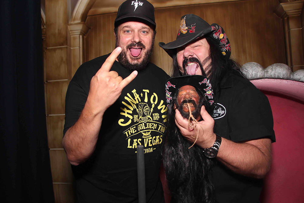 Branden Powers and Vinnie Paul with Paul's shrunken head at The Golden Tiki on Spring Mountain Road. (Courtesy)