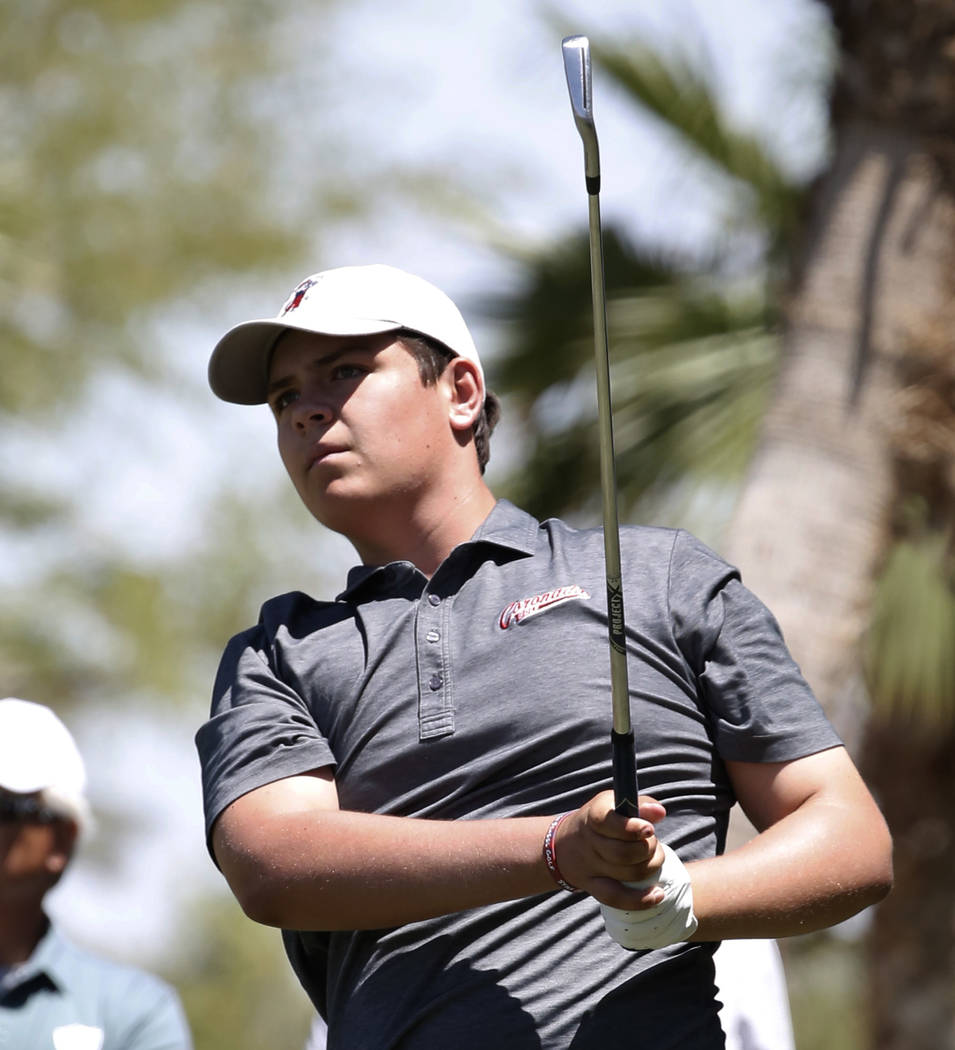 Coronado High's Dylan Fritz watches his tee drive during the 2018 NIAA 4A State boys golf tournament at Reflection Bay Golf Club on Monday, May 14, 2018, in Henderson. Bizuayehu Tesfaye/Las Vegas ...