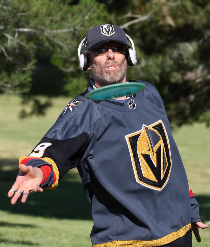David Focht plays disc golf at Sunset Park on Wednesday, May 16, 2018, in Las Vegas. Bizuayehu Tesfaye/Las Vegas Review-Journal @bizutesfaye