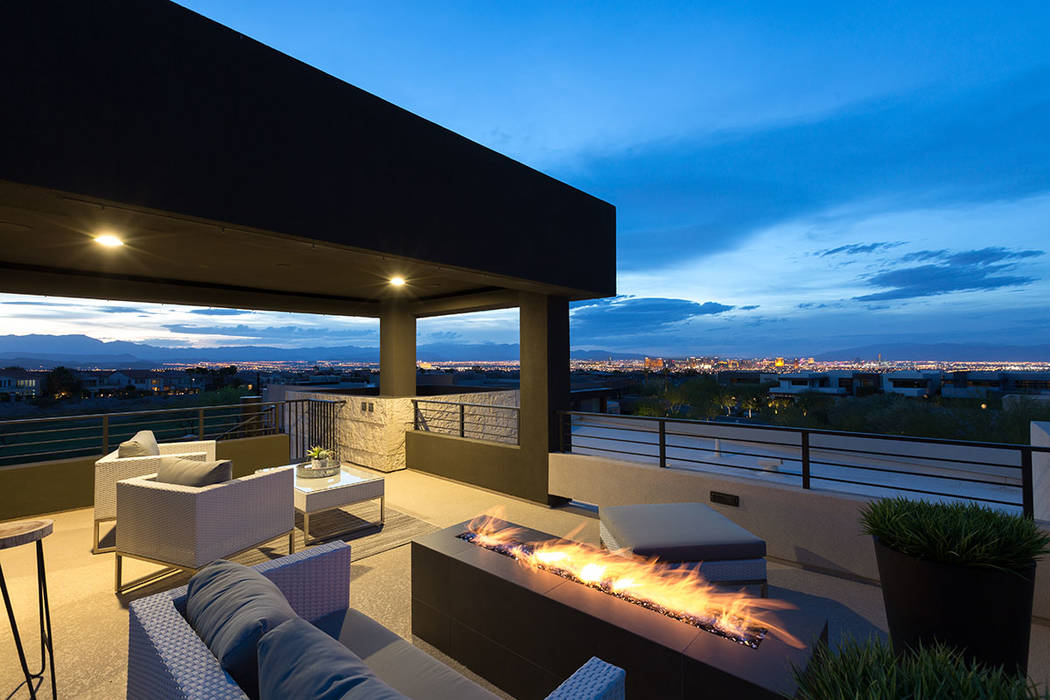 The rooftop deck has views of the Las Vegas Strip. (The Red Luxury Real Estate)
