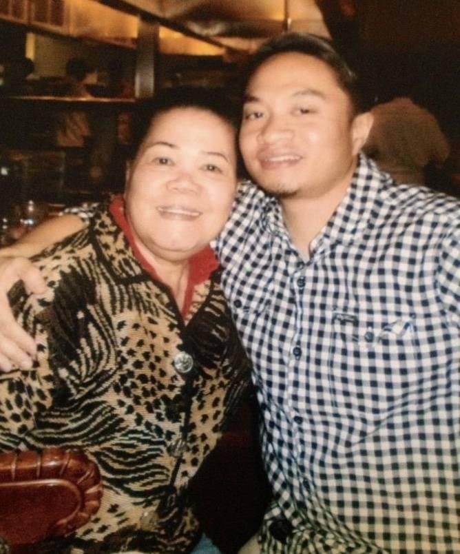 Jerome Penaranda with his mother, Vivian Penaranda, on Mother's Day in 2015 in Las Vegas (Family photo courtesy of Jerome Penaranda).