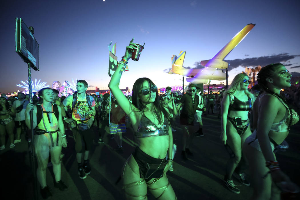 Festivalgoers dance on day one of the Electric Daisy Carnival at the Las Vegas Motor Speedway on Friday, May 18, 2018. Richard Brian Las Vegas Review-Journal @vegasphotograph