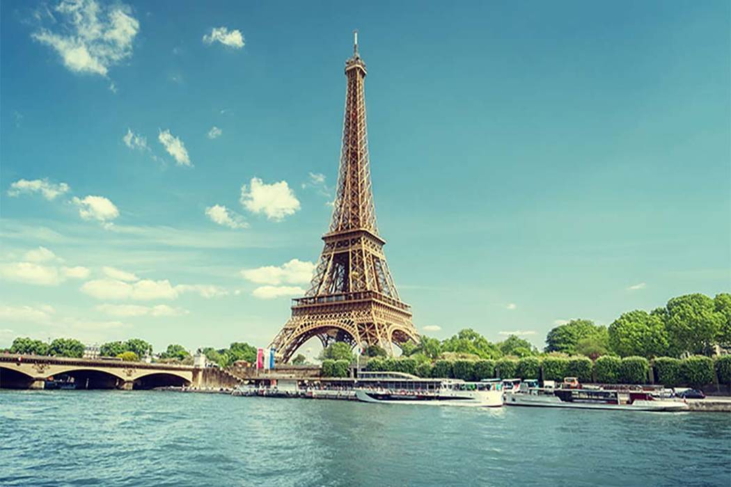 Seine in Paris with Eiffel Tower (Thinkstock)