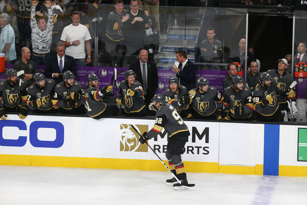 Vegas Golden Knights left wing Tomas Nosek (92) celebrates his score with his team against the Winnipeg Jets during the second period in Game 4 of the Western Conference Final at T-Mobile Arena in ...