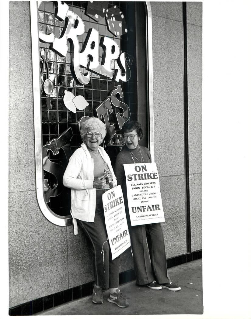 Elsie Houllahan & Betty Millward during a Culinary union strike in 1984. (Wayne Kodey/Las Vegas Review-Journal)