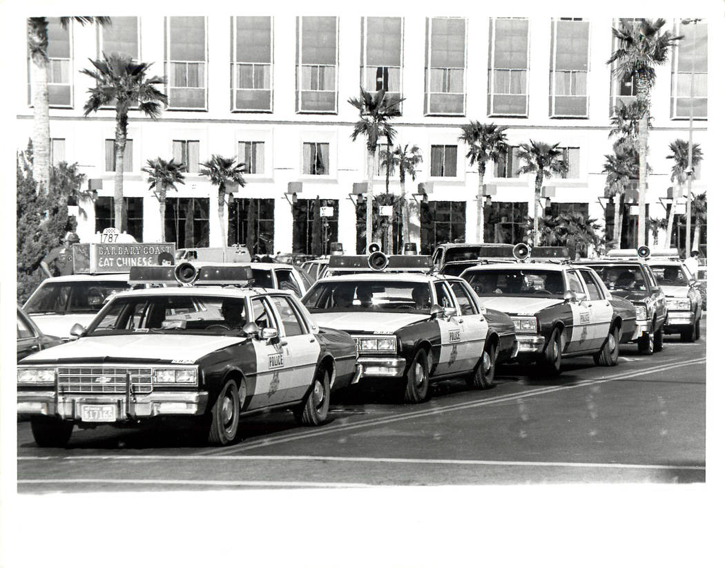 Police line up in front of the Hilton Hotel at the beginning of a Culinary union strike in 1984. (Rene Germanier/Las Vegas Review-Journal)