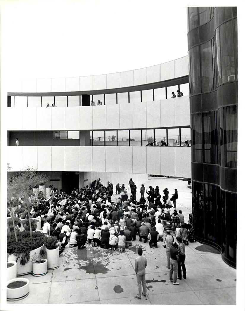 Labor strike prayer rally at Las Vegas City Hall during a Culinary union strike in 1984. (Rene Germanier/Las Vegas Review-Journal)
