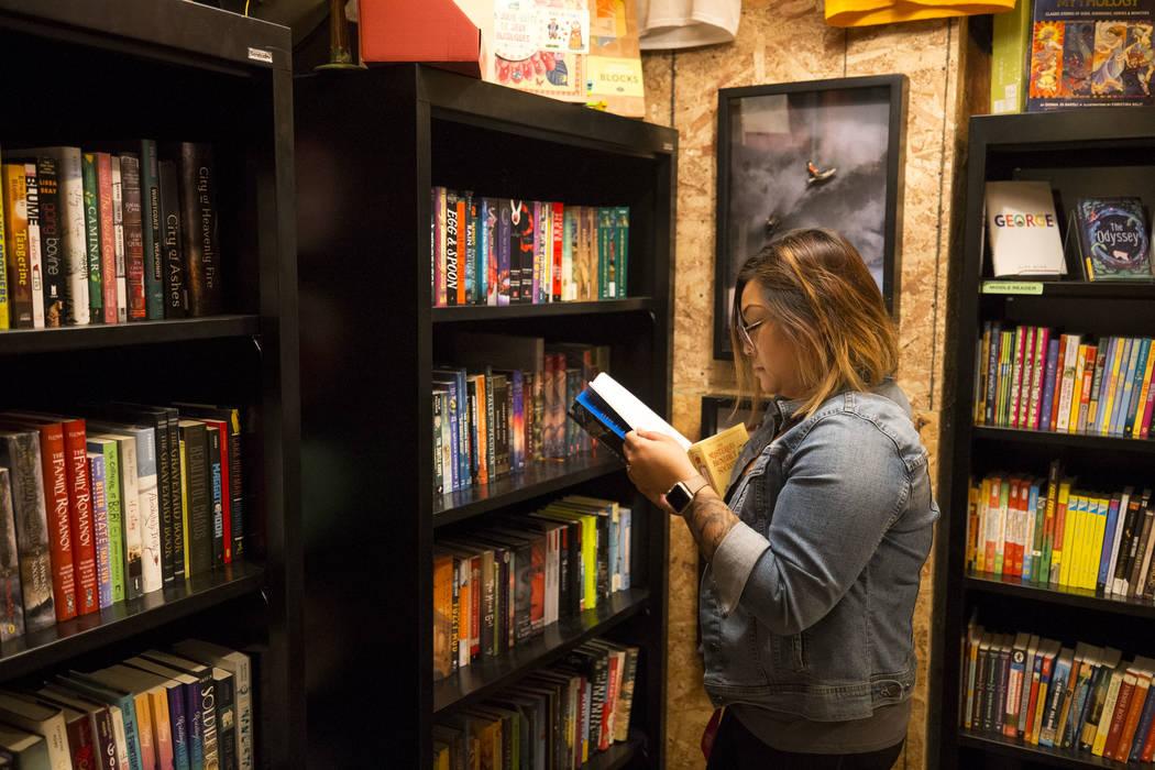 Kristen Panem shops at The Writer's Block on Small Business Saturday, Nov. 25, 2017, in downtown Las Vegas. Richard Brian Las Vegas Review-Journal @vegasphotograph