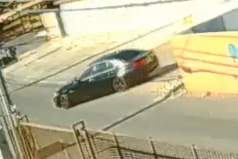 A man driving a black BMW sedan approached the girl and offered her a ride while she was walking alone near Swenson Street and Twain, police said. (@LVMPD/Twitter)