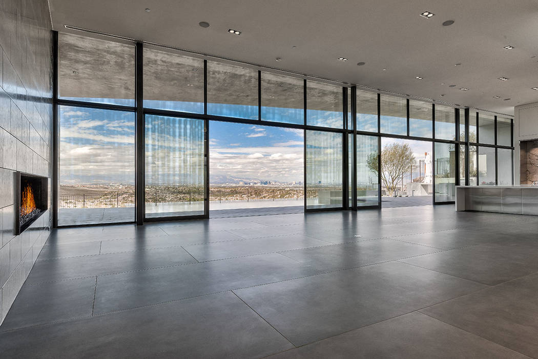 Cloud Chaser, an Inspirational Home in Ascaya, has lots of windows to let in the views. (Hoogland Architecture)