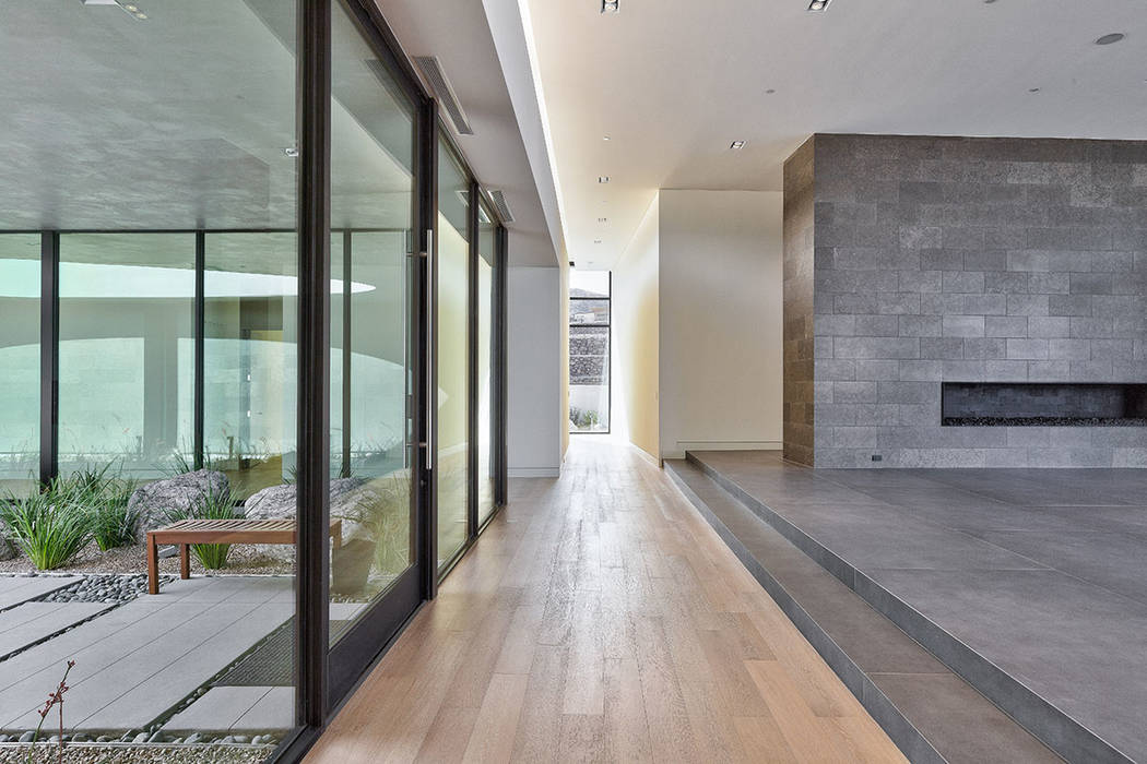 Lots of indoor and outdoor spaces in this Ascaya home. (Hoogland Architecture)