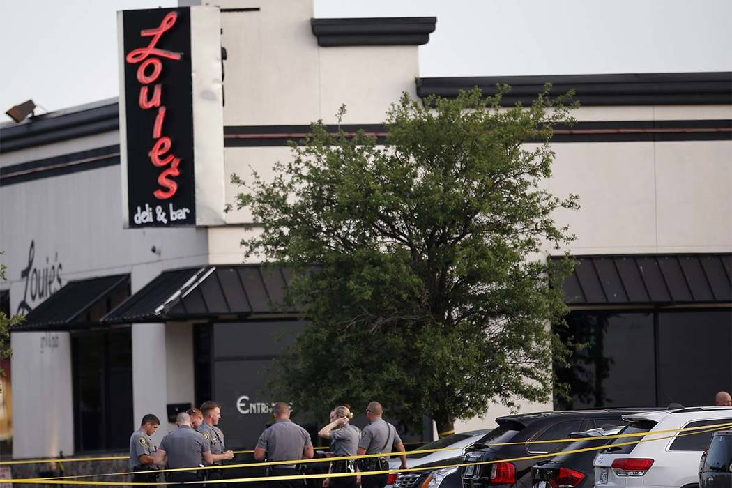 Armed civilian shoots, kills gunman at Oklahoma restaurant