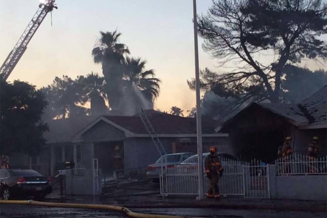 More than 70 firefighters responded to a fire Monday, May 28, 2018, in east Las Vegas that displaced 16 people. (Max Michor/Las Vegas Review-Journal)