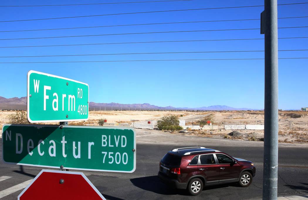 A vacant lot at the corner of Decatur Boulevard and Farm Road on Tuesday, Feb. 6, 2018, in Las Vegas. Bizuayehu Tesfaye/Las Vegas Review-Journal @bizutesfaye