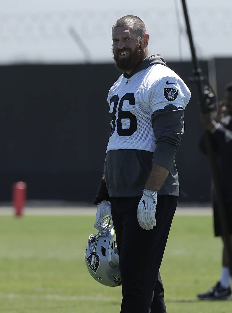 Oakland Raiders tight end Lee Smith is shown during practice at the team's NFL football training facility in Alameda, Calif., Tuesday, May 29, 2018. (AP Photo/Jeff Chiu)