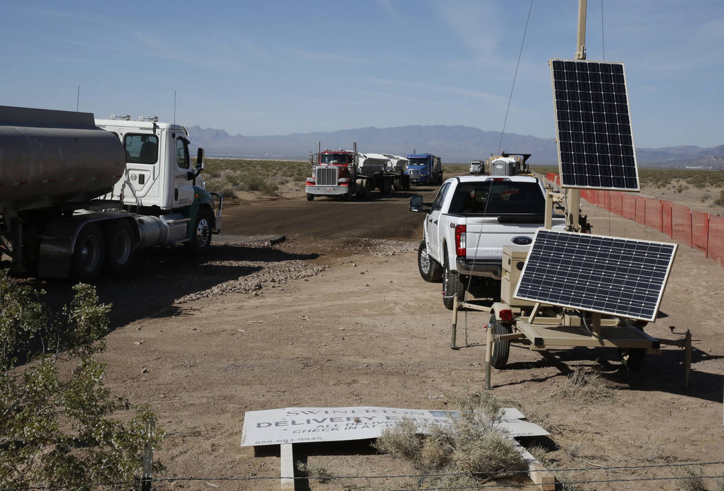 The construction site of the El Dorado Valley solar projects photographed on Thursday, May 31, 2018, in Boulder City. Bizuayehu Tesfaye/Las Vegas Review-Journal @bizutesfaye