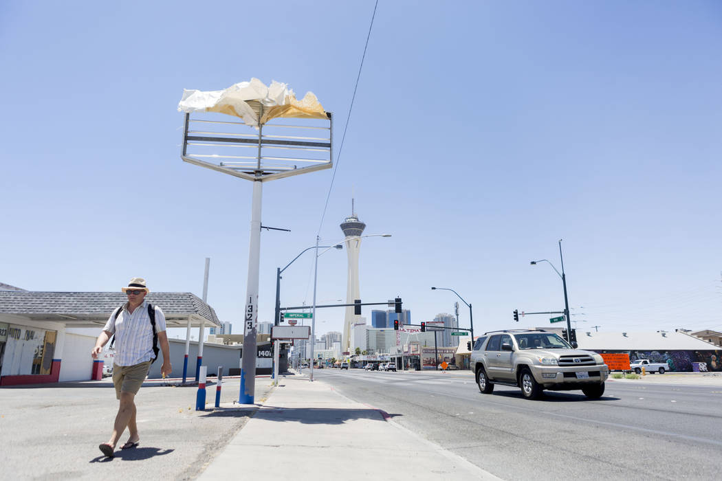 Gusty winds will batter the Las Vegas Valley Wednesday and temperatures will reach 100. (Elizabeth Brumley/The Las Vegas Review-Journal)