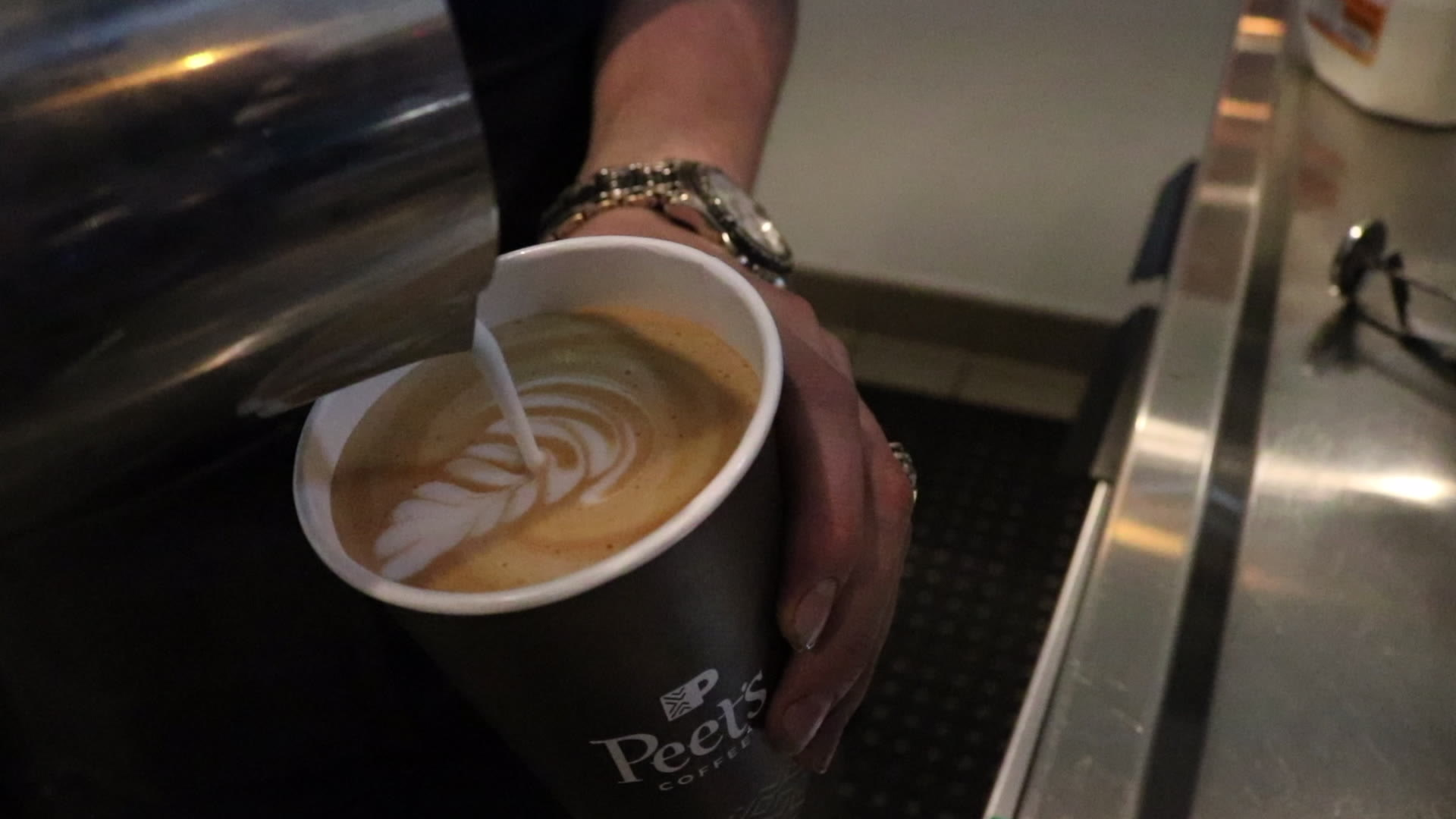 Peet S Coffee From California Plans More Shops In Las