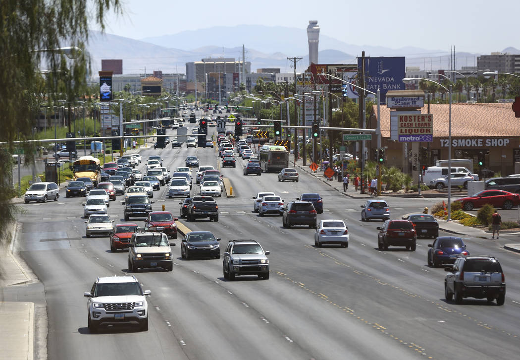 A view looking south down Maryland Parkway from the pedestrian bridge outside of Sunrise Hospital in Las Vegas on Wednesday, May 23, 2018. Chase Stevens Las Vegas Review-Journal @csstevensphoto