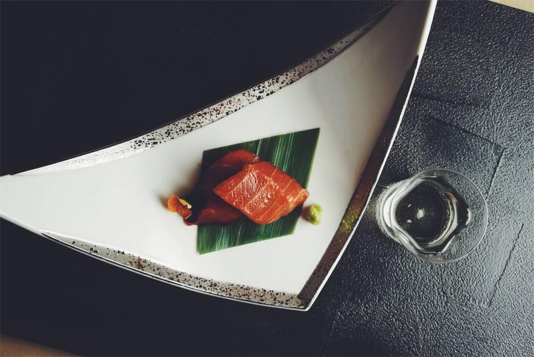 Honmaguro zuke (marinated bluefin tuna) with fresh wasabi at Hari