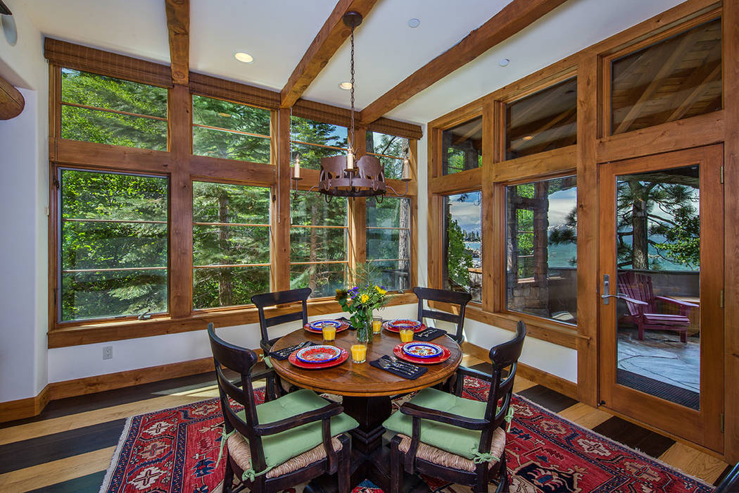 The breakfast nook has views. (Oliver Luxury Real Estate)